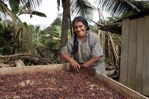 cacao-farmers_2005_Olaf-Hammelburg-CAVRA Peru-5901_720x480_72_RGB